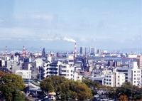 取り壊し直前の神戸製綱高炉の煙突。2000年ごろ、naddist氏撮影