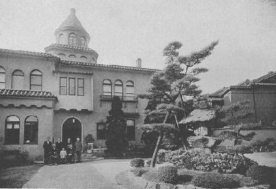 原田通の赤尾邸と善治郎一家