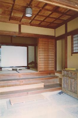 旧勝田邸内玄関