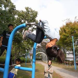 都賀川公園のぶら下がり器具