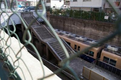 かつての岩屋駅の名残の階段。