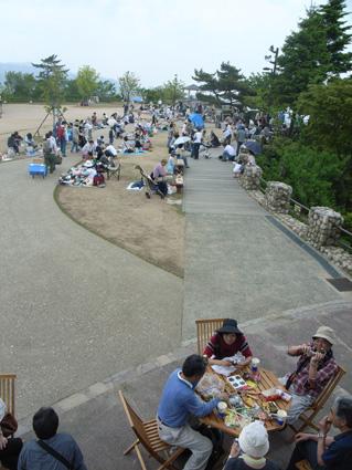摩耶山リュックサックマーケット(5月)