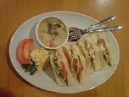 Sabbath Cafe「合鴨のサンドイッチ」