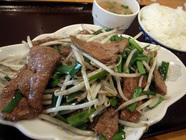 好吃「炒豚肝定食」