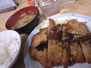 越ノ屋食堂「とんかつ定食」