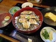 韋駄天「穴子丼御膳(蒸し)」